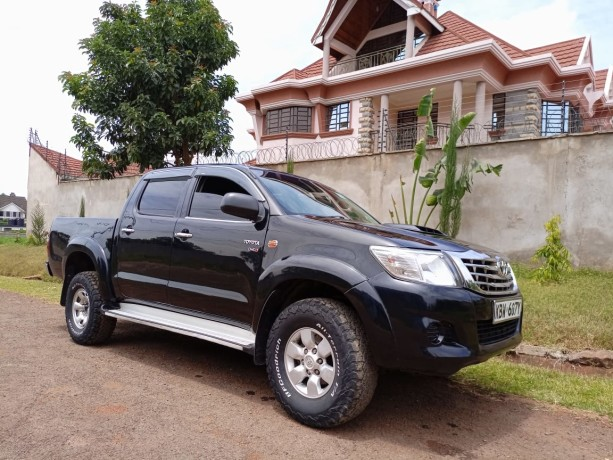 toyota-hilux-for-sale-big-1