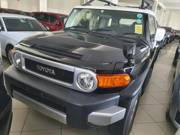 2014-toyota-fj-cruiser-for-sale-big-4