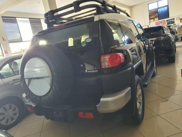 2014-toyota-fj-cruiser-for-sale-big-1
