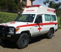 toyota-landcruiser-ambulance-small-8